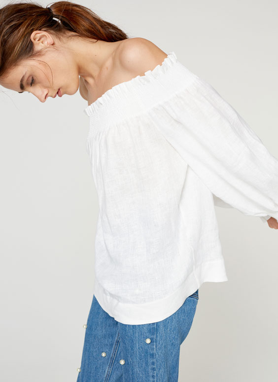 Linen shirt with exposed shoulders