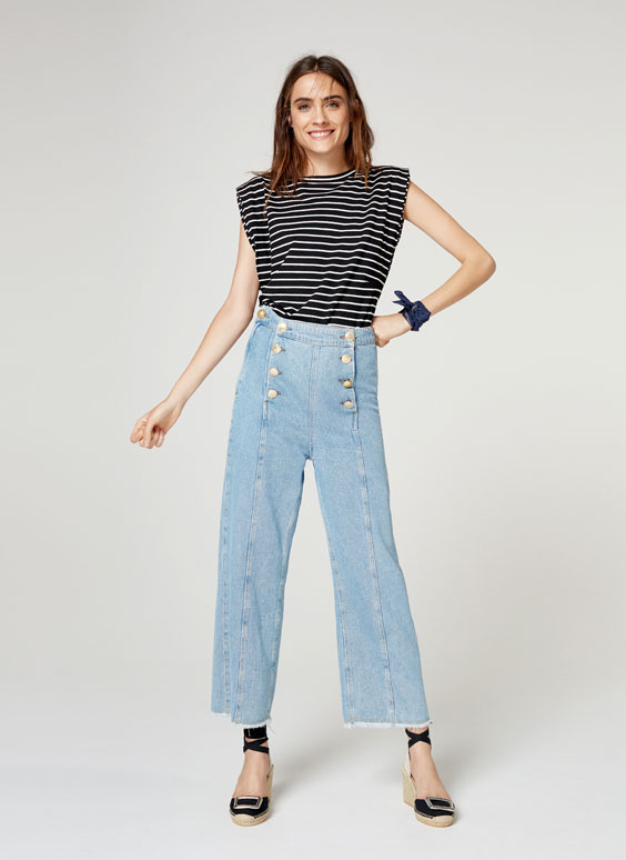 Striped T-shirt with shoulder pads