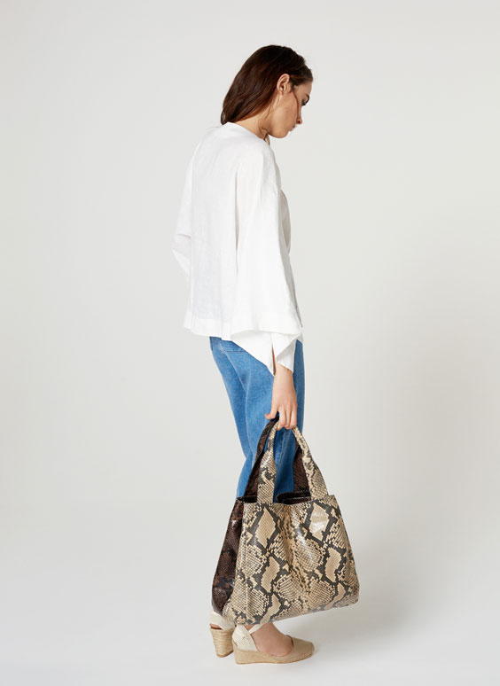 Two-tone leather bucket bag
