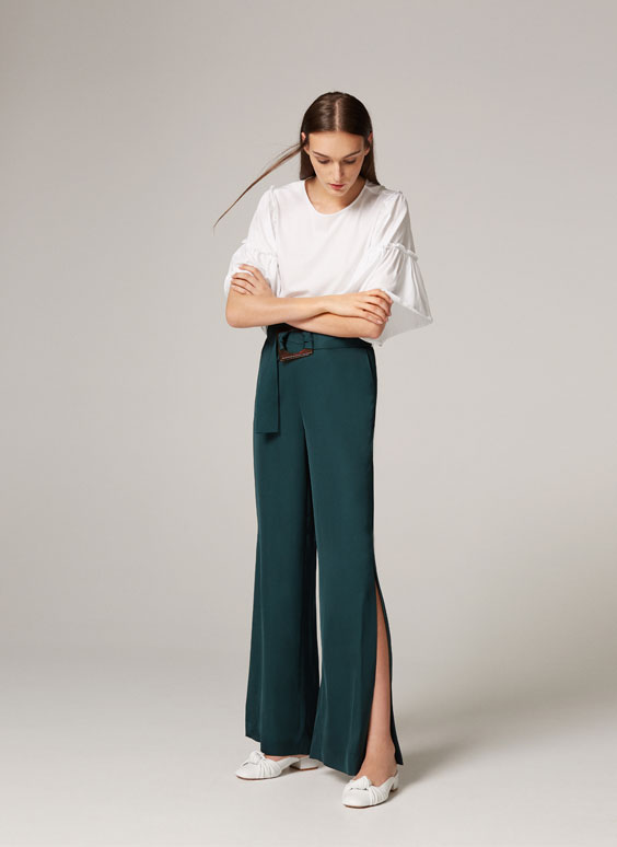 Trousers with square buckle