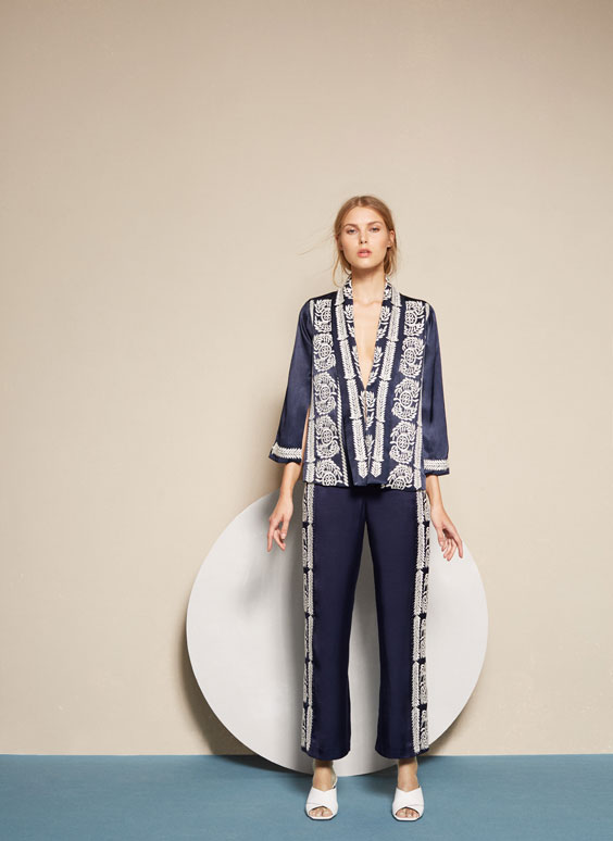 Straight-cut embroidered trousers