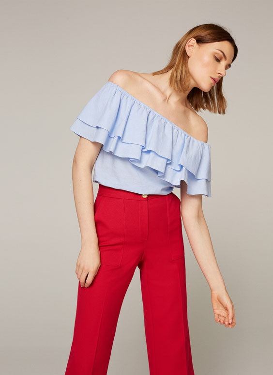 Linen top with frills