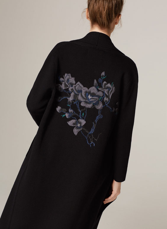 Embroidery-knitted coat