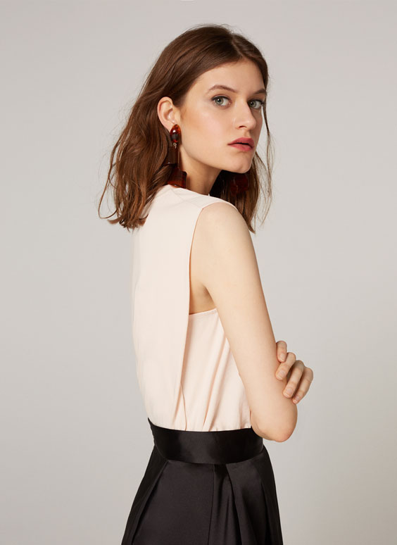 T-shirt with layered back