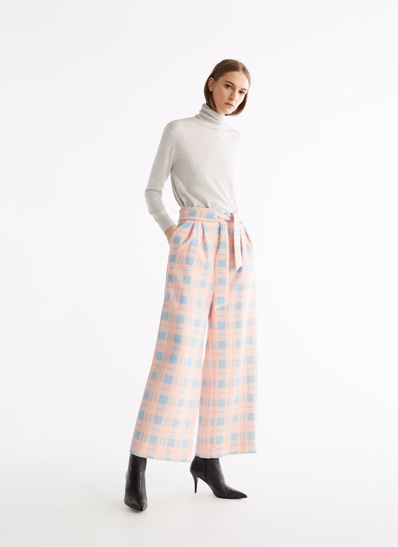 Pantalon rose à carreaux tartan
