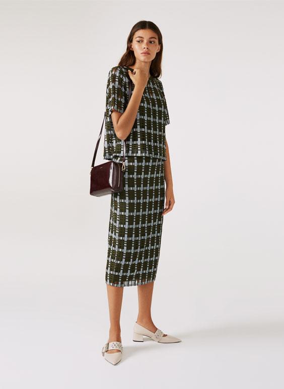 格纹中长半身裙