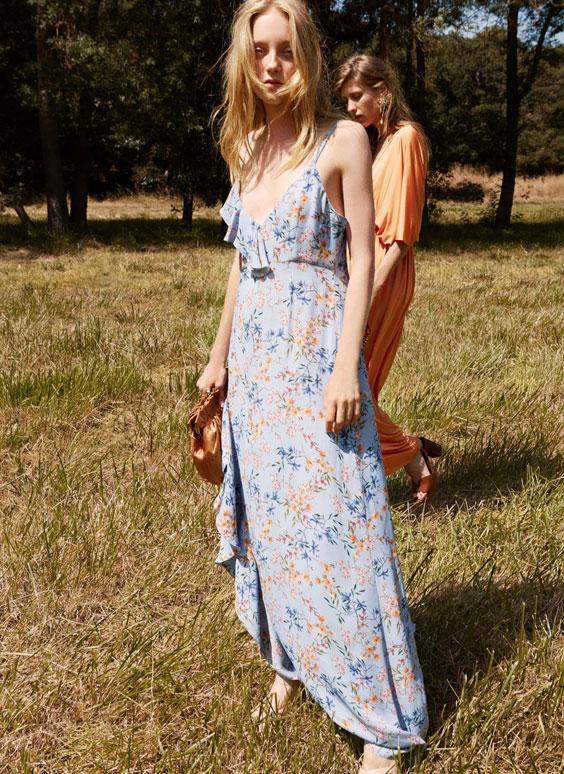 Платье с цветочным принтом и воланами