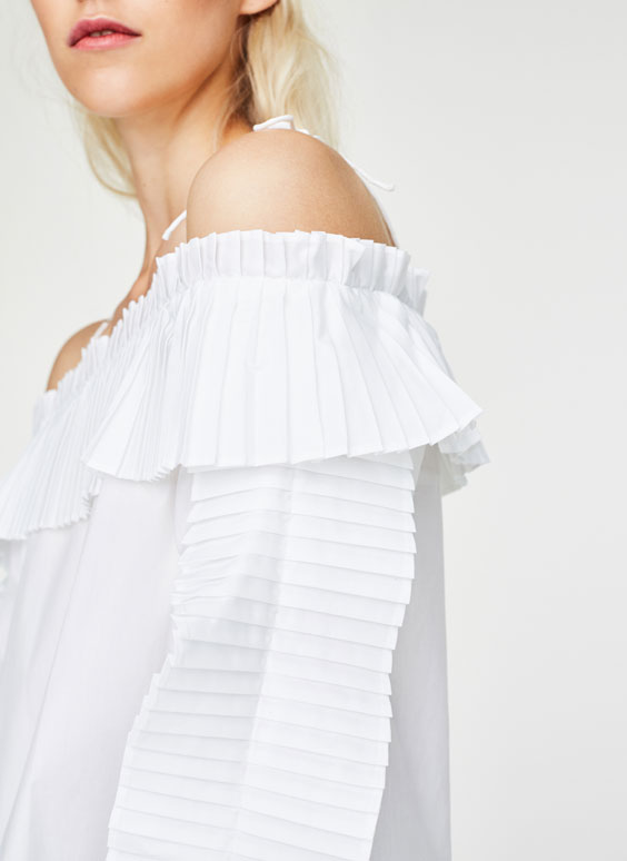 Pleated detail shirt