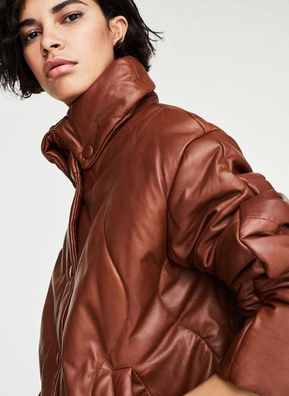 Куртка с декоративными швами