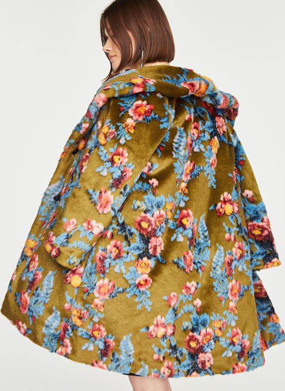 Gėlėtas paltas