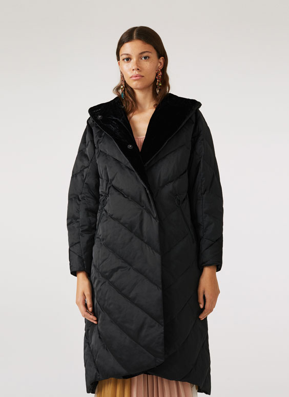 Black quilted jacket with velvet lining