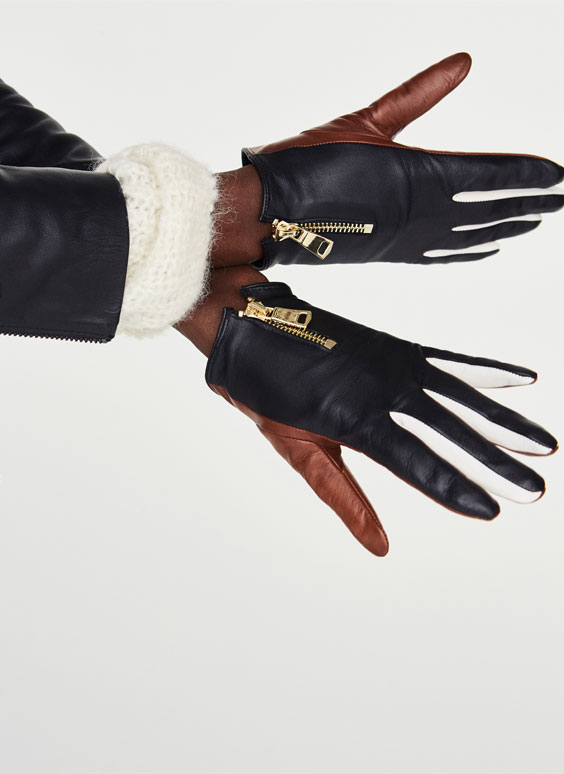 Three-tone gloves