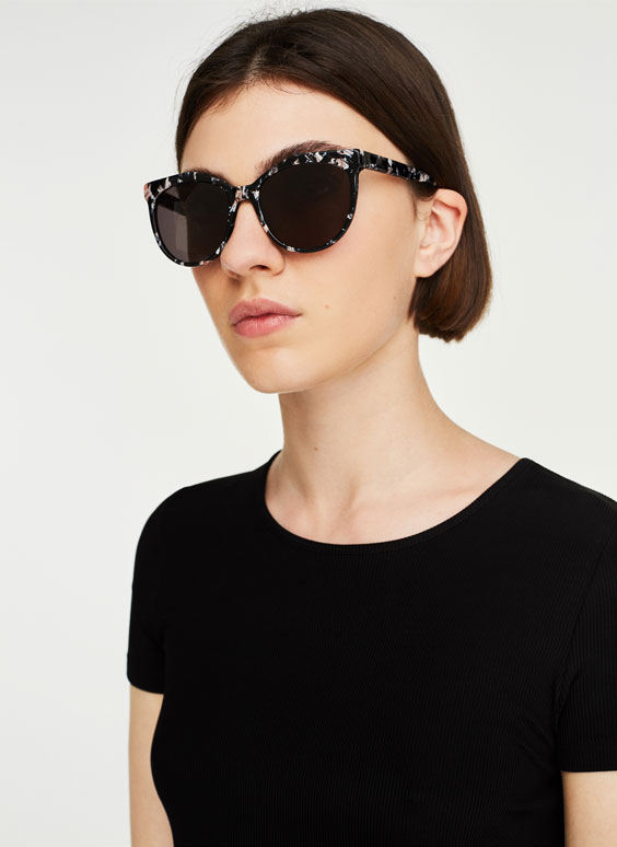 Acetate sunglasses with pink details