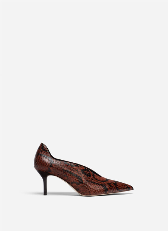Snakeskin print high-heel shoes