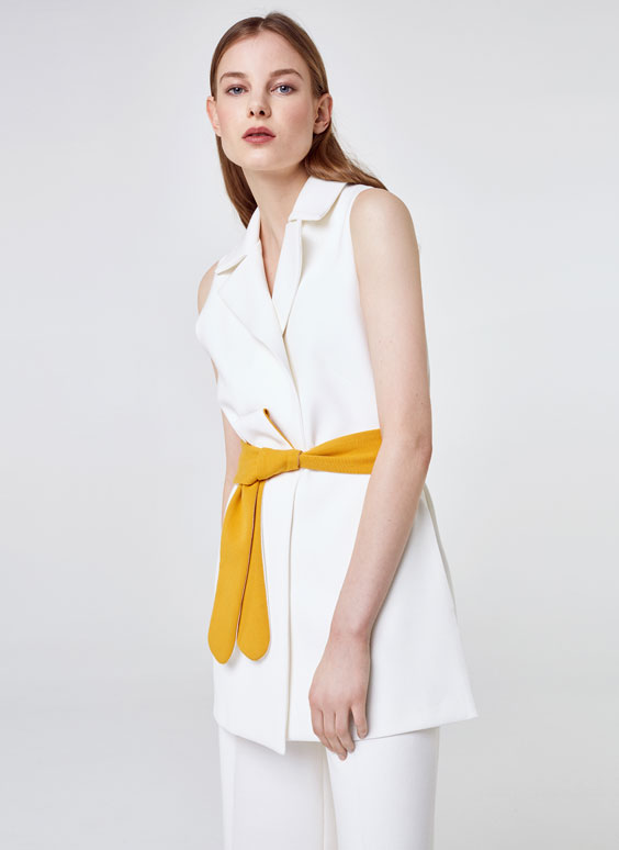 Two-tone waistcoat