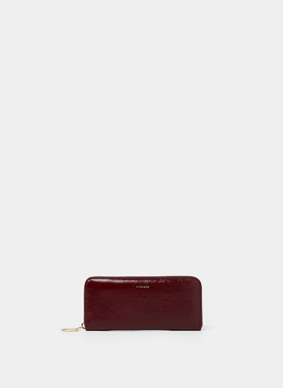 Plain leather wallet