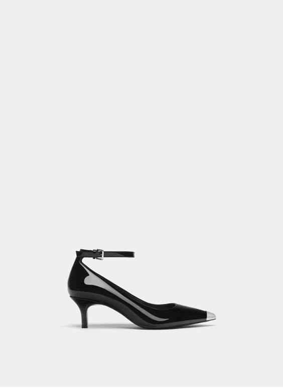 Black patent leather mid-heel court shoes
