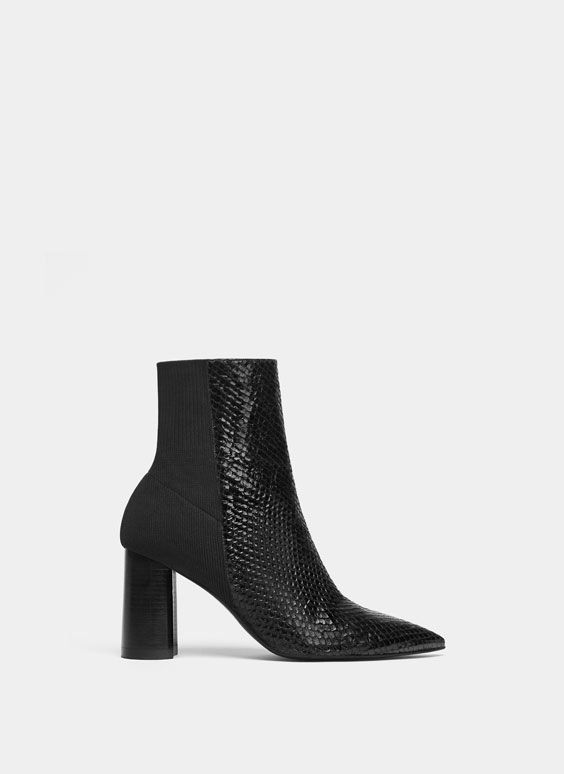 Bottines noires motif peau de serpent