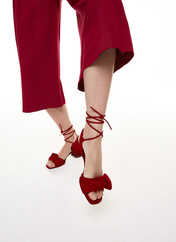 Suede bow sandals
