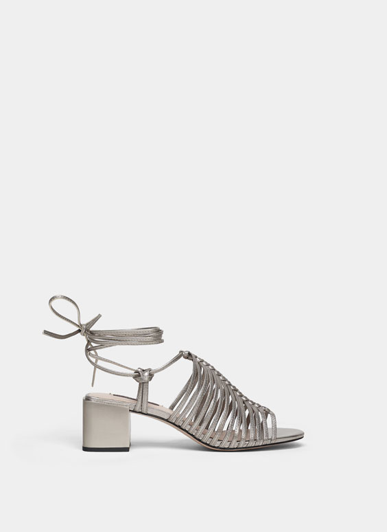 Metallic sandals with straps