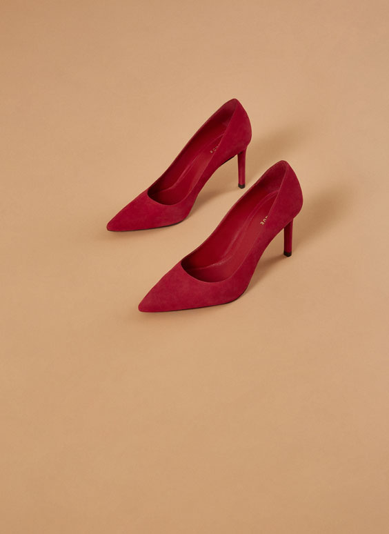 """Uterqüe Codes"" red suede high heel court shoes"