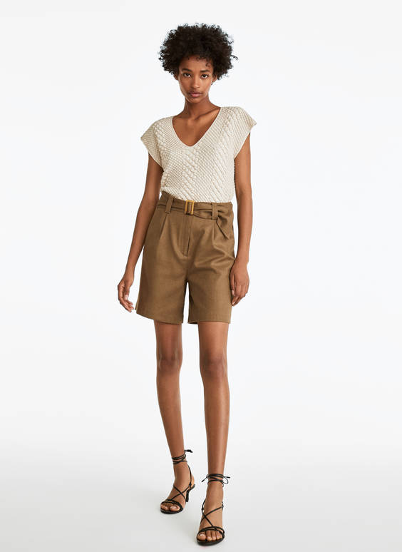 Linen Bermuda shorts with belt
