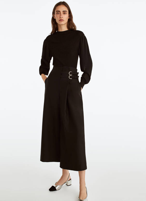 Buckled culottes