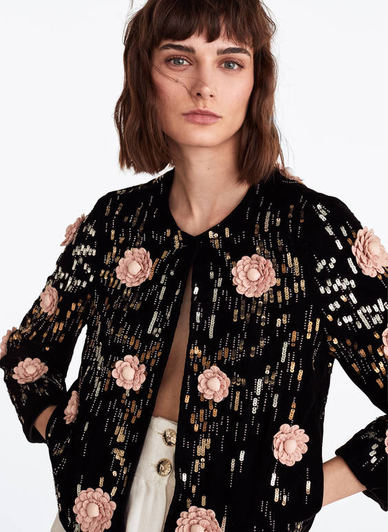 Jacket with embroidered floral print.