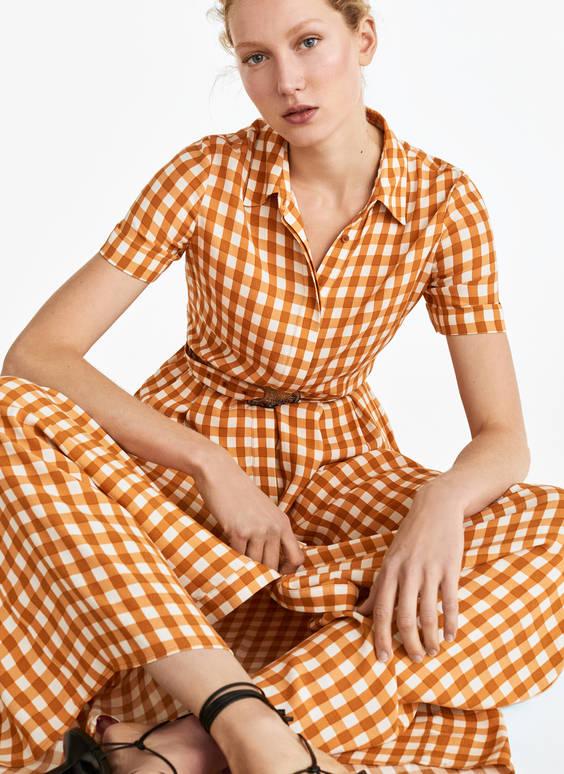 Šaty svichy károm