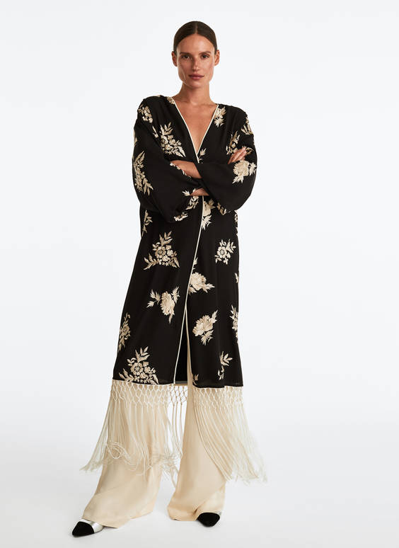 Kaftan with fringe