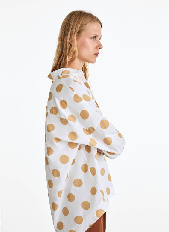 Camel-coloured polka dot shirt