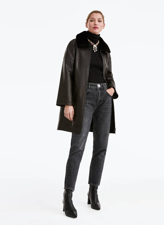 Leather coat with collar