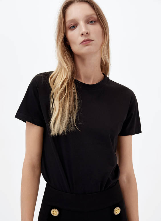 Klassikaline T-särk