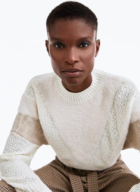 Džemperis ar dažādām tekstūrām