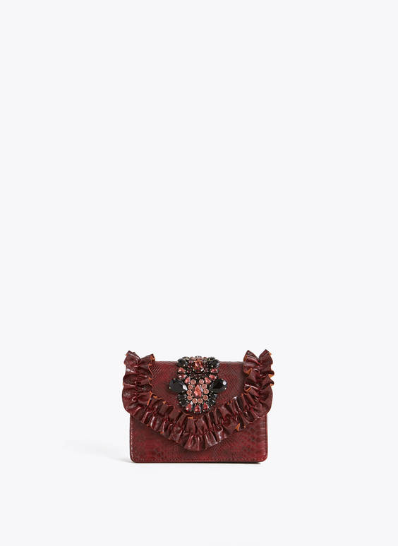 Evening bag with ruffle trims