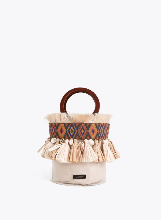 Διάφανη τσάντα με κρόσσια