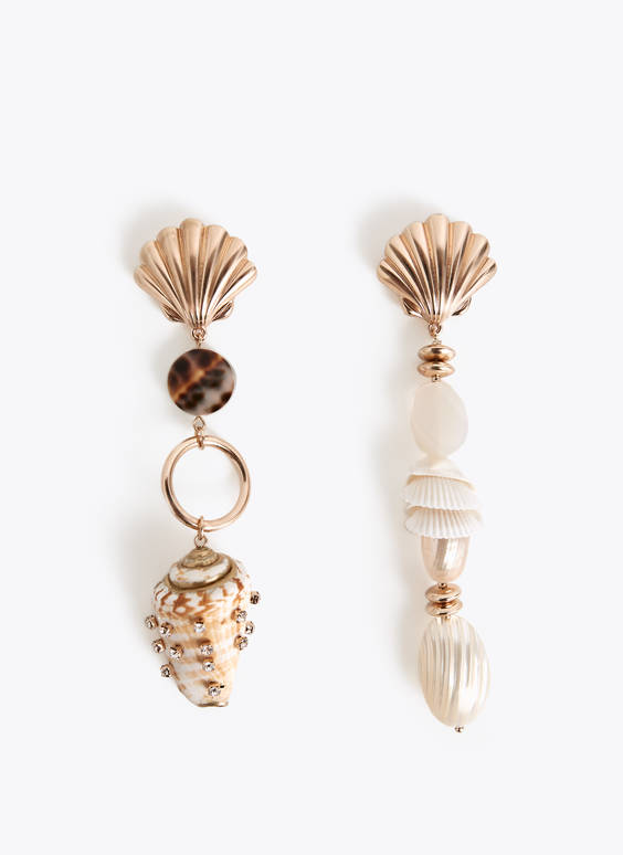 Pair of non-matching earrings