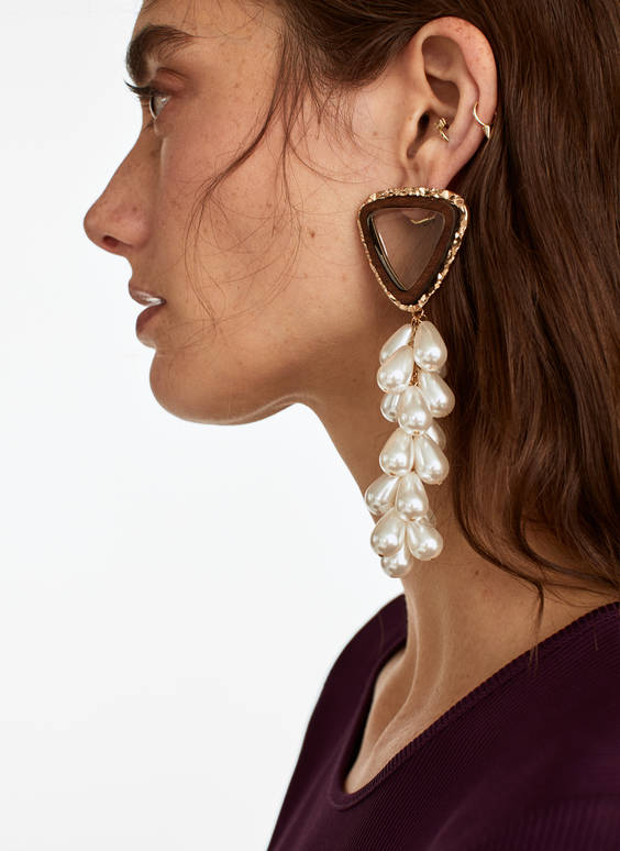 Faux pearl cluster earrings