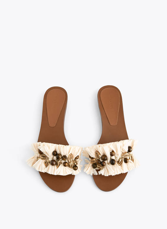 Raffia sandals with embellishment