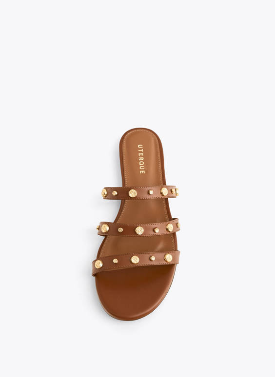 Flat leather sandals with embellishment