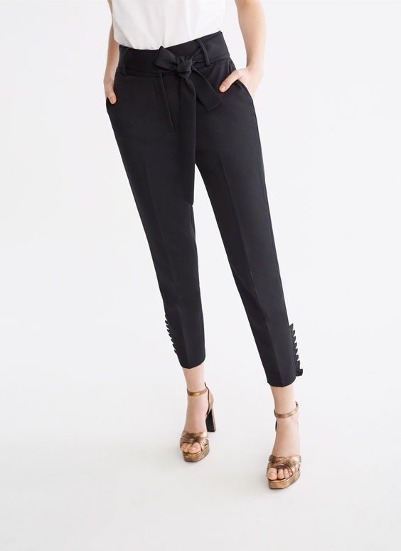 Trousers with vertical ruffles