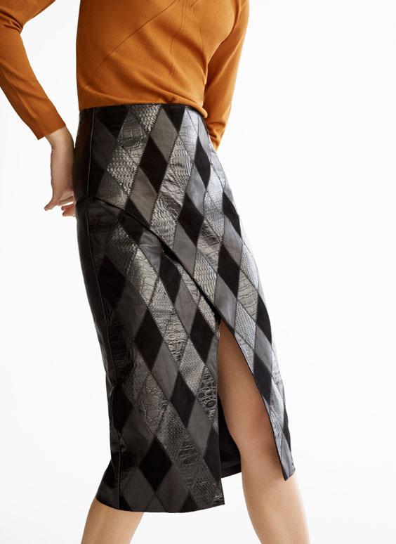 拼缀皮革半身裙