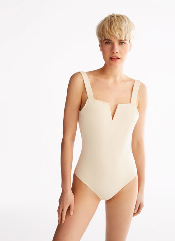 Swimsuit with square neckline