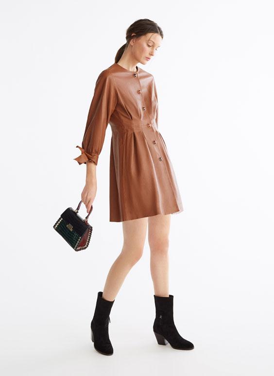 Hemdjacke-Kleid aus Leder