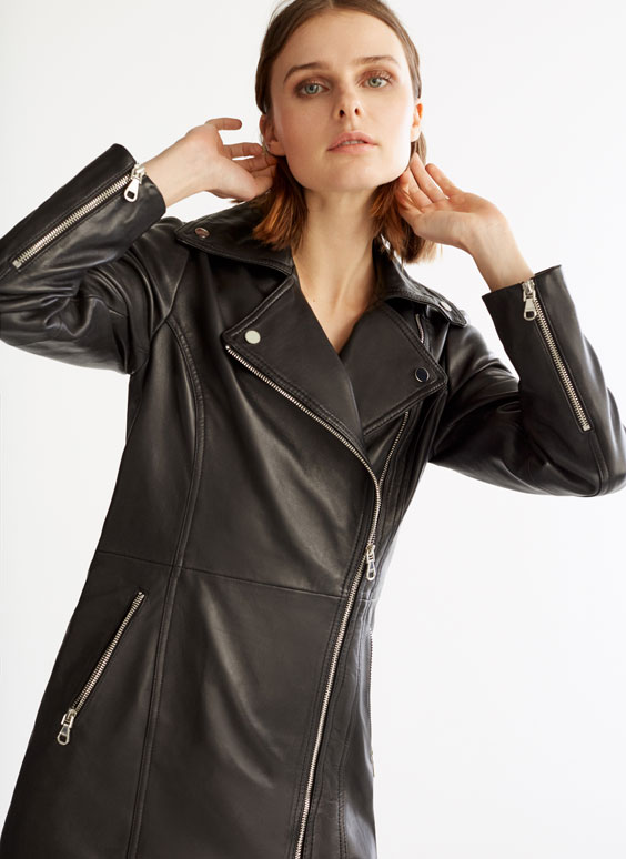 Байкерська куртка середньої довжини