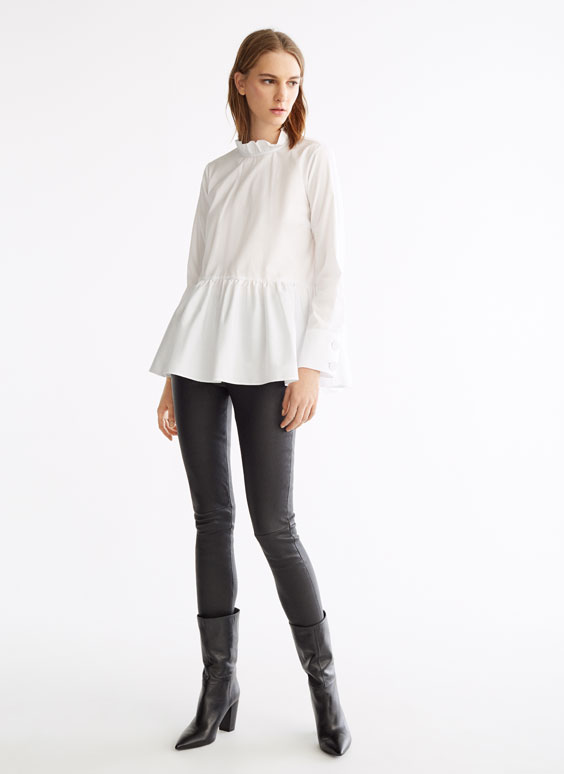 Poplin blouse with ruffle collar