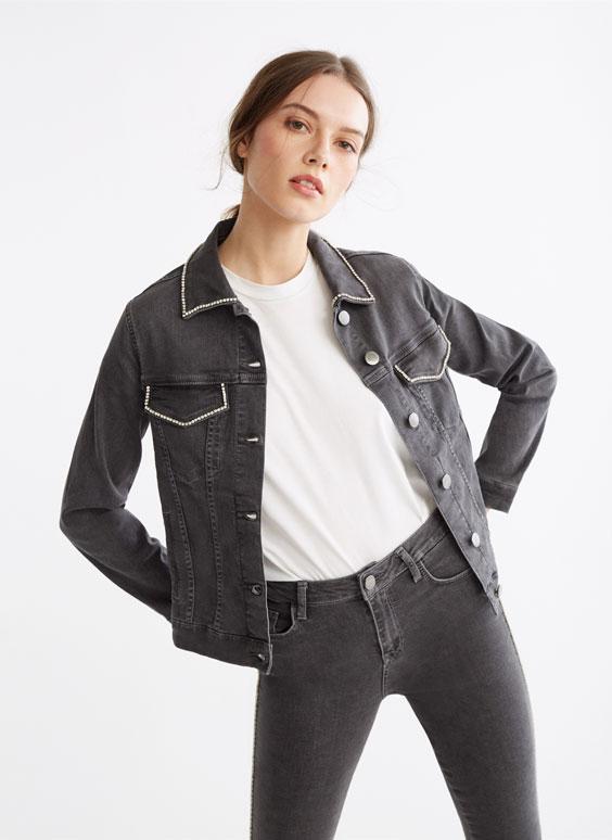 Džinsa jaka ar spīdīgiem akmentiņiem