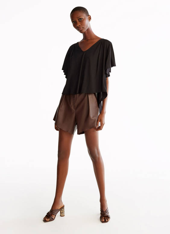 Frilled sleeve T-shirt