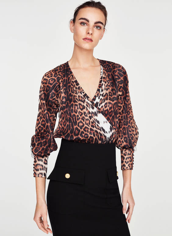 Pleated leopard print T-shirt
