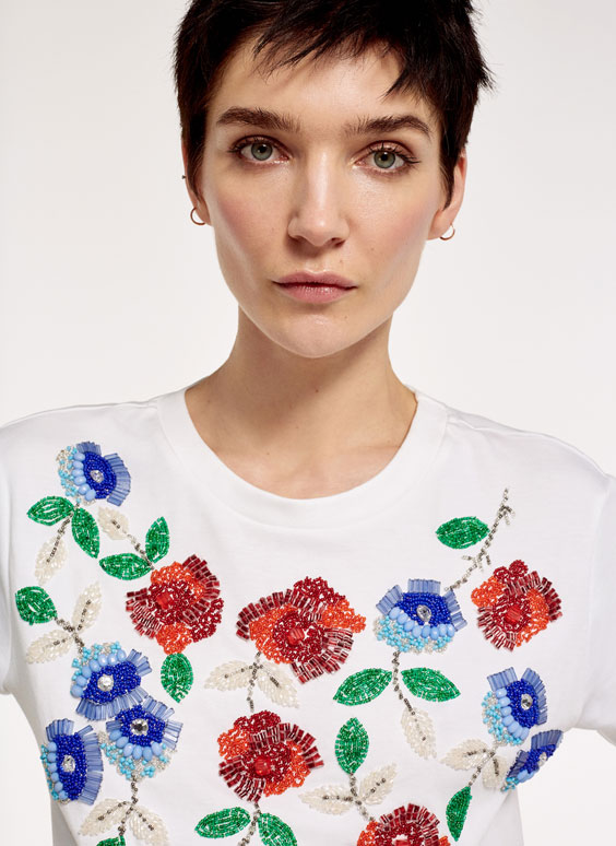 T-shirt with floral detail